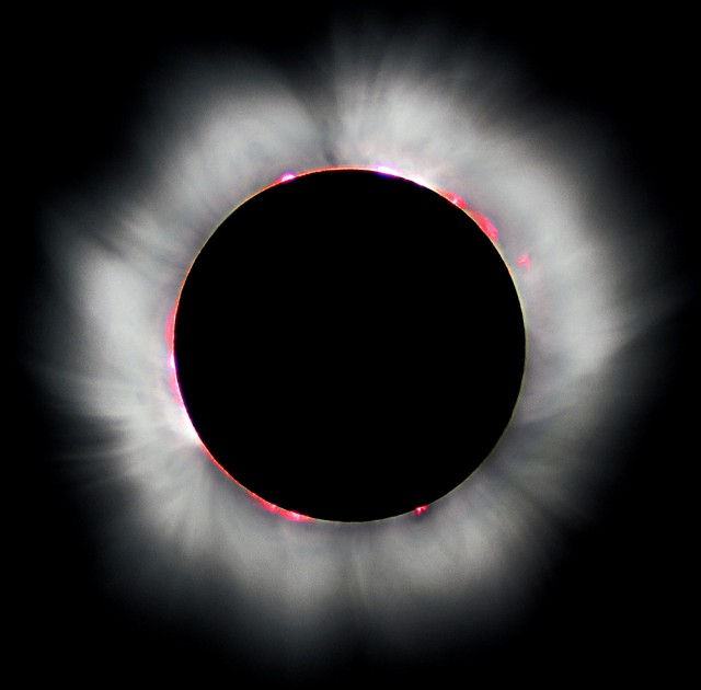 Solar_eclips_1999_4